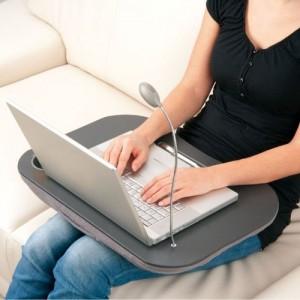 laptop-kissen-mit-lampe